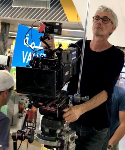 Checking exposure, Dune Dreams ; Samuel Doux movie shot in Dubaï, Paris and Liege ; Arri Alexa Mini, 2019